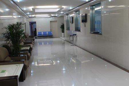 挂号区侧面-郑州市银屑病研究所